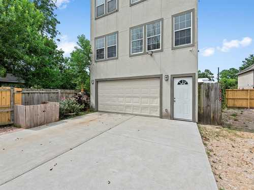 $239,999 - 0Br/3Ba -  for Sale in Rosslyn Heights Sec 01, Houston