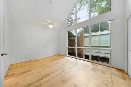 $335,000 - 2Br/2Ba -  for Sale in Kipling Village T/h Condo, Houston