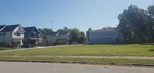 $1,250,000 - 3Br/4Ba -  for Sale in Independence Heights, Houston