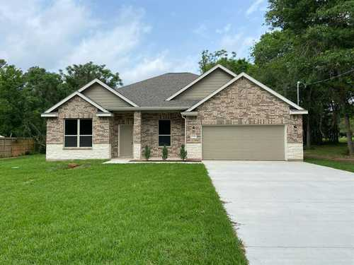$339,900 - 3Br/2Ba -  for Sale in Corinthian Point, Willis