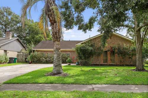 $235,000 - 3Br/2Ba -  for Sale in Camino South, Houston