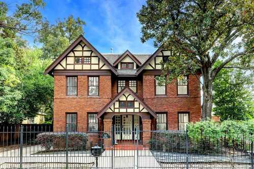 $1,025,000 - 3Br/4Ba -  for Sale in Lockhart Connor & Barziz, Houston