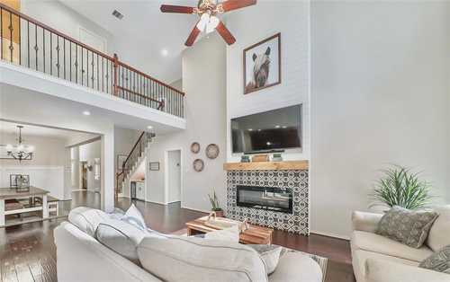 $419,900 - 4Br/4Ba -  for Sale in Pine Mill Ranch, Katy