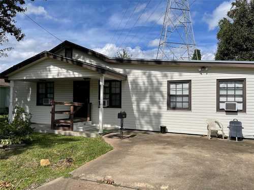 $98,900 - 3Br/1Ba -  for Sale in Shanks Area, Clute