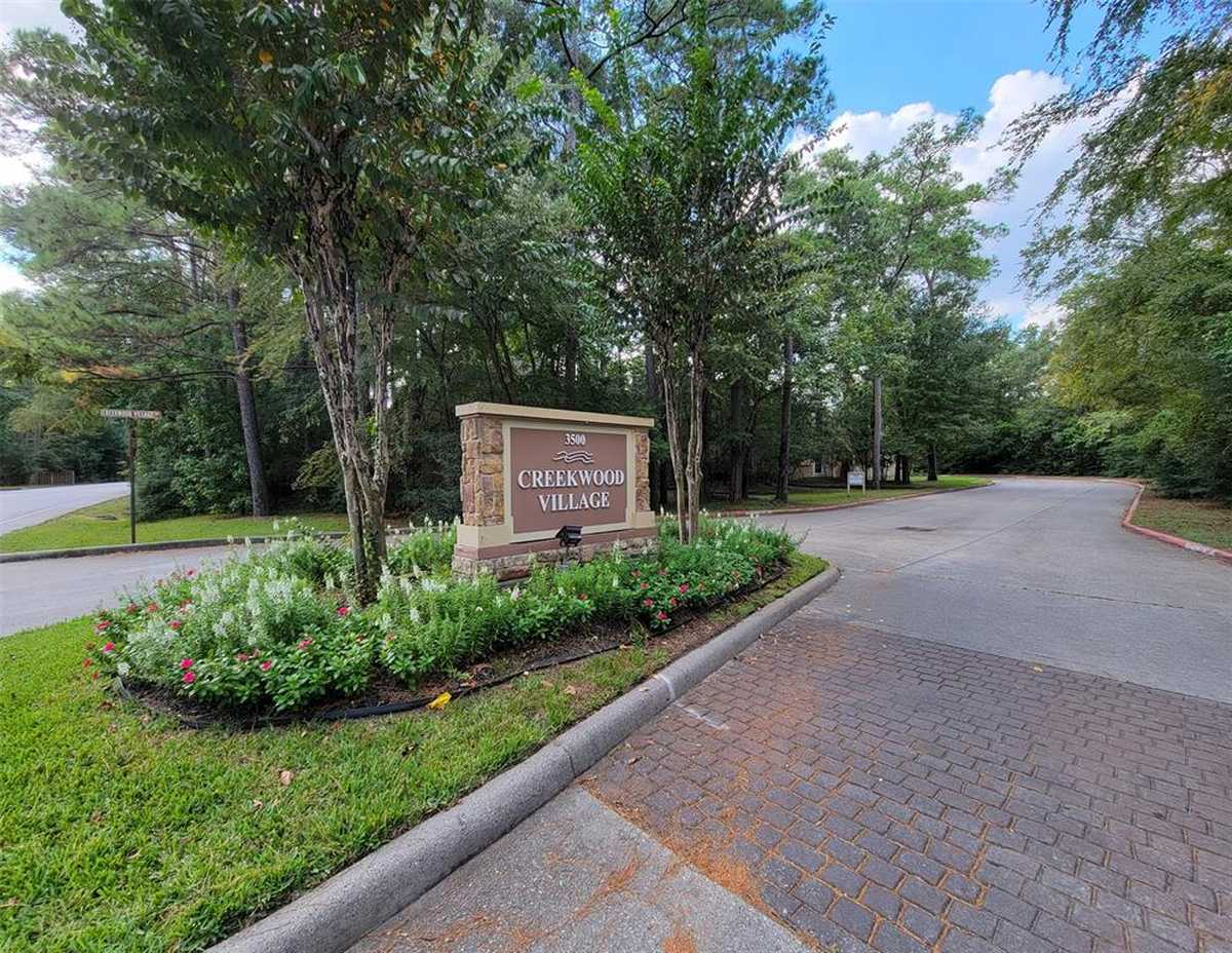 $138,000 - 2Br/1Ba -  for Sale in Creekwood Vill Condos 03, The Woodlands