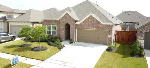 $419,900 - 3Br/3Ba -  for Sale in Towne Lake, Cypress
