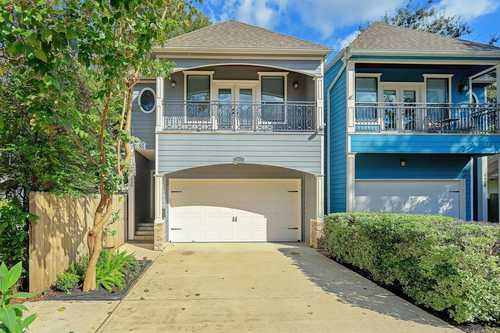 $610,000 - 4Br/4Ba -  for Sale in Heights Anx, Houston