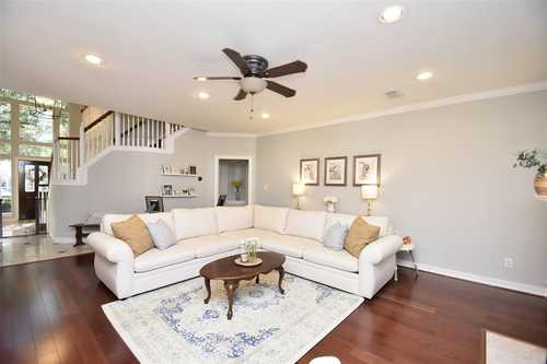 $525,000 - 5Br/4Ba -  for Sale in Cinco Ranch N Lake Village Sec 11, Katy