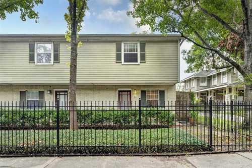 $200,000 - 2Br/1Ba -  for Sale in Heights Blvd Condo Corr, Houston