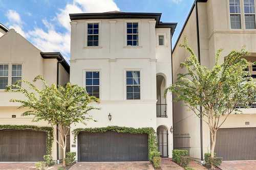 $495,000 - 3Br/4Ba -  for Sale in Upland Park Rep 1, Houston