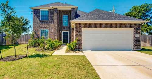 $319,000 - 4Br/3Ba -  for Sale in Lakecrest Forest Sec 9, Katy