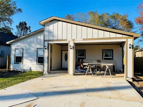$240,000 - 3Br/2Ba -  for Sale in Kentshire Place, Houston