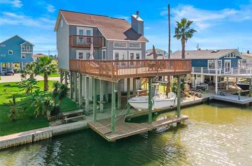 $450,000 - 3Br/2Ba -  for Sale in Terramar 3, Galveston