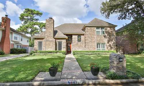 $350,000 - 4Br/4Ba -  for Sale in Champions Park, Houston
