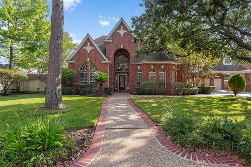 $509,900 - 1Br/4Ba -  for Sale in Lakewood Oaks Estates Sec 03, Cypress