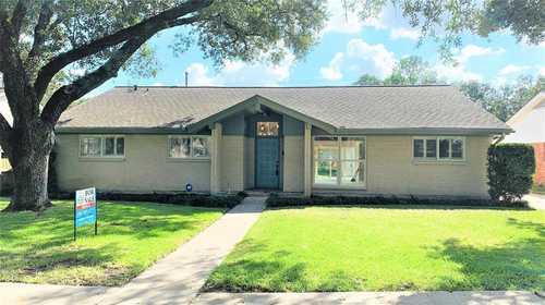 $489,000 - 4Br/3Ba -  for Sale in Marilyn Estates, Houston