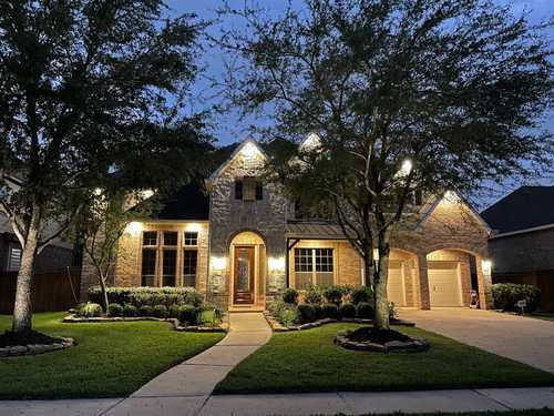 $599,999 - 5Br/5Ba -  for Sale in Towne Lake Sec 6, Cypress