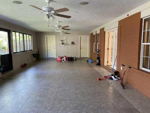 $245,000 - 4Br/3Ba -  for Sale in Windsor Village Sec 03, Houston