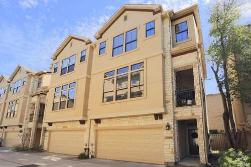 $380,000 - 3Br/4Ba -  for Sale in Eigel Grove Twnhms, Houston