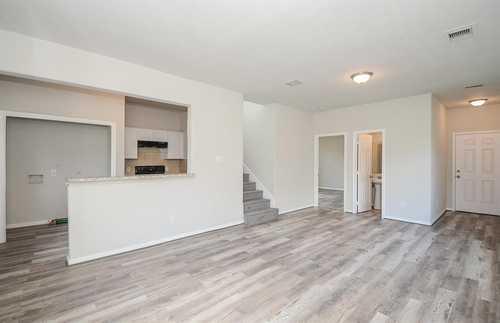 $210,000 - 3Br/3Ba -  for Sale in Edgebrook Place, Houston