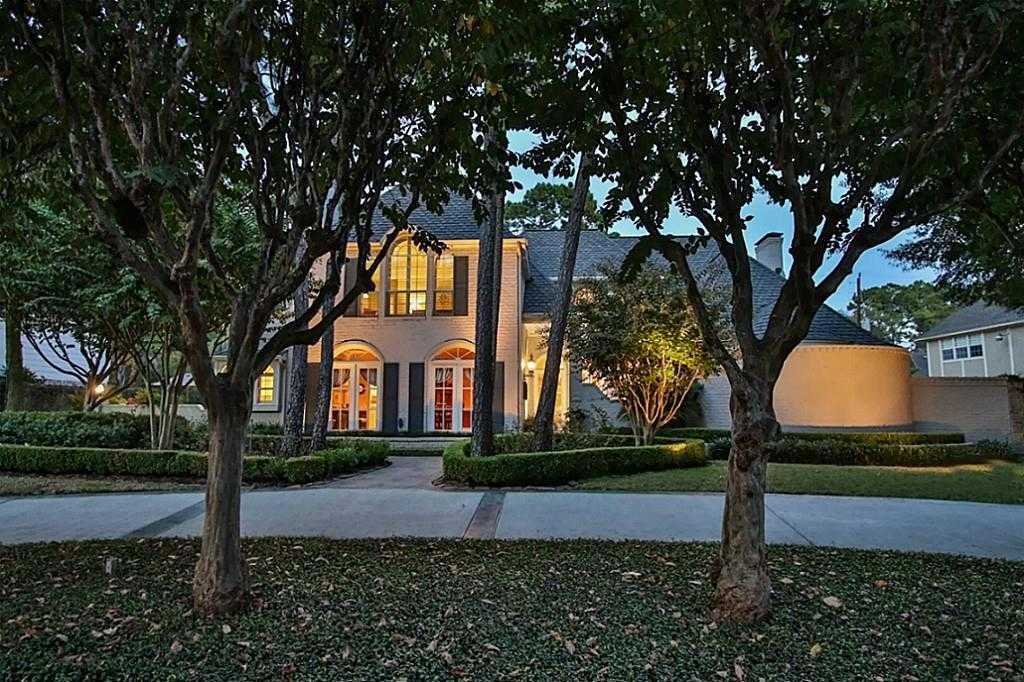 $749,000 - 4Br/4Ba -  for Sale in Champion Forest, Spring