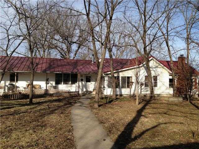 $625,000 - 4Br/2Ba - for Sale in Greenwood