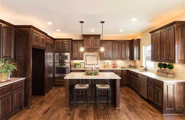 $399,950 - 4Br/4Ba -  for Sale in Seven Bridges, Platte City