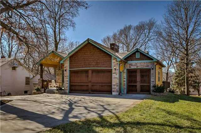 $750,000 - 4Br/5Ba -  for Sale in Mission Ridge, Roeland Park