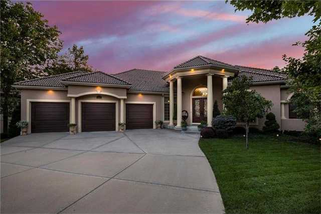 $1,098,000 - 5Br/7Ba -  for Sale in Riss Lake, Parkville