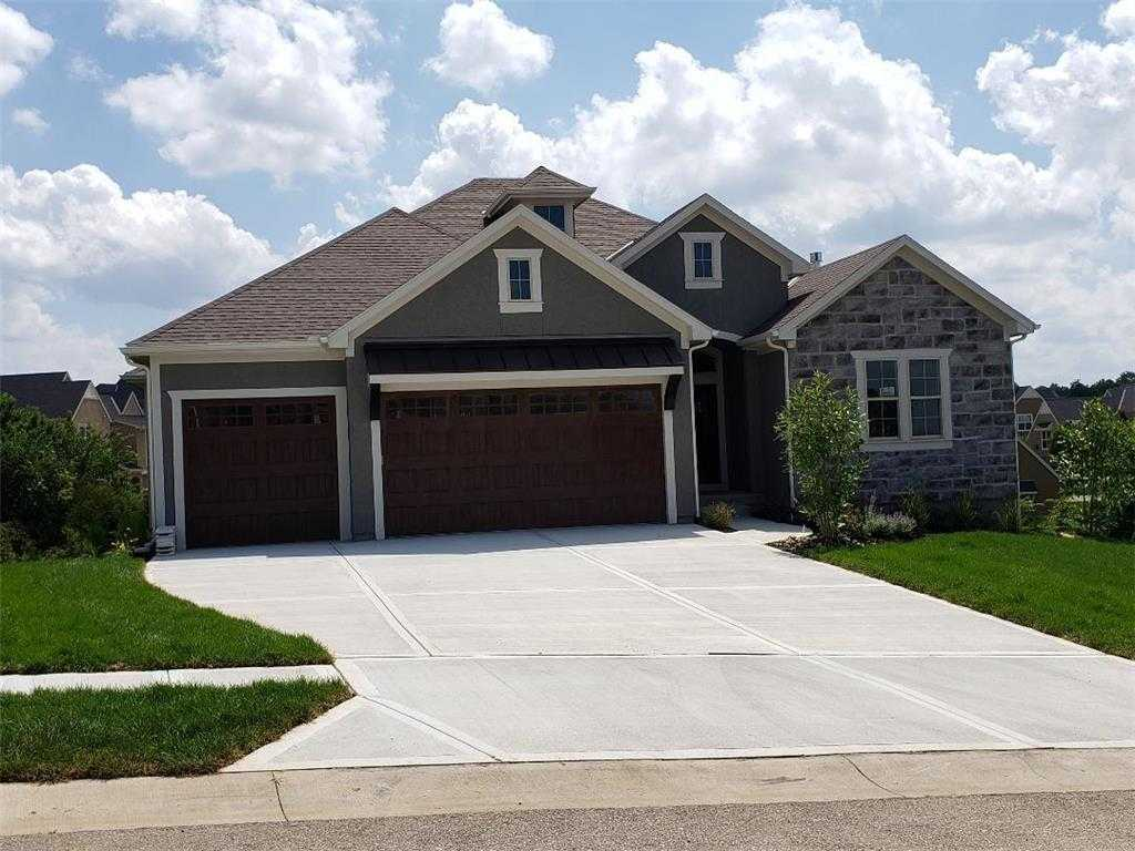 $498,426 - 4Br/3Ba - for Sale in Canyon Creek Point, Lenexa