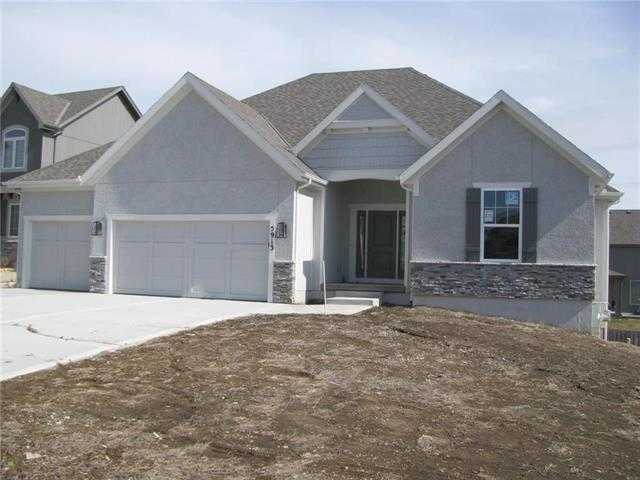 $508,500 - 4Br/3Ba - for Sale in Hills Of Forest Creek, Shawnee