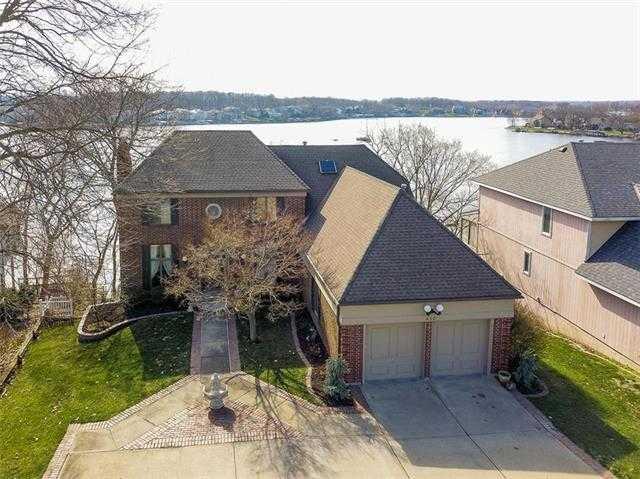$699,500 - 4Br/4Ba -  for Sale in Lake Winnebago, Lake Winnebago