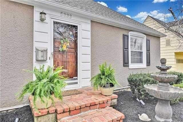 $375,000 - 3Br/2Ba -  for Sale in Fairway, Fairway