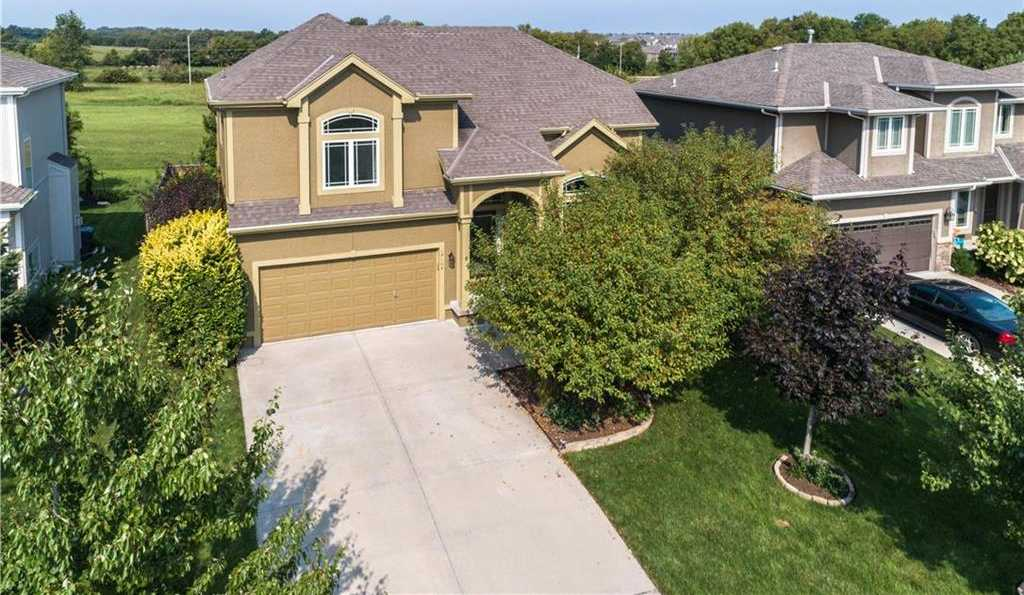 $315,000 - 4Br/3Ba -  for Sale in Forest Hills- The Meadows, Olathe