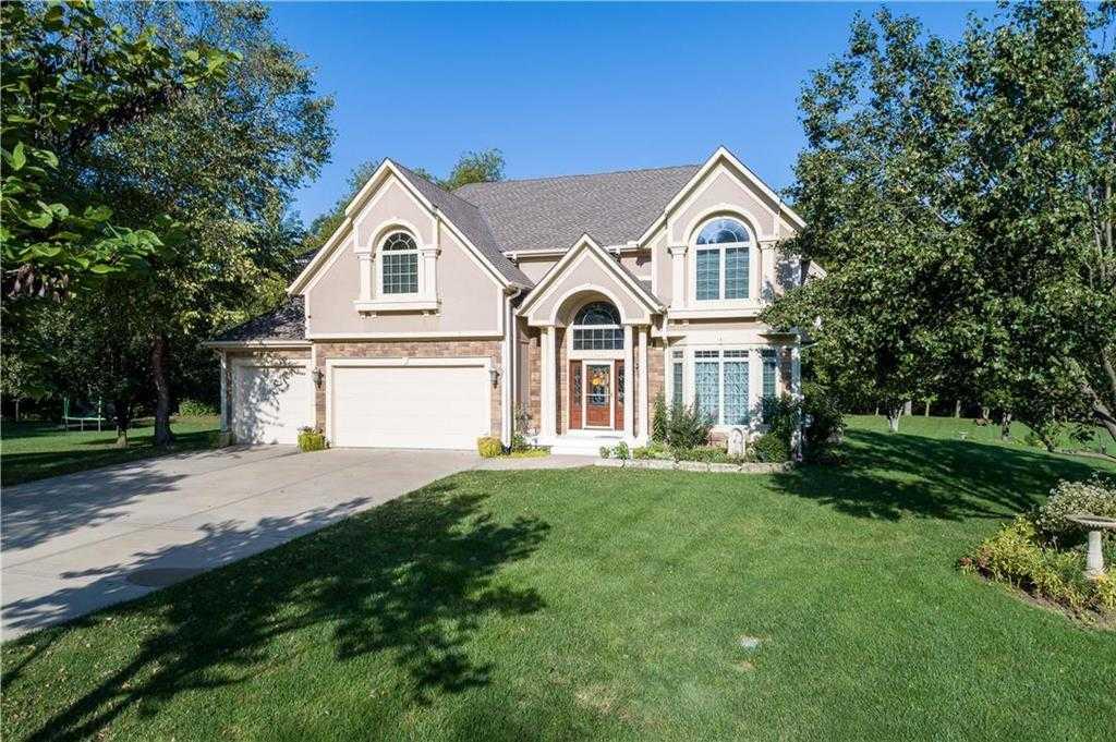 $539,900 - 4Br/5Ba -  for Sale in Sylvan Creek Estates, Shawnee