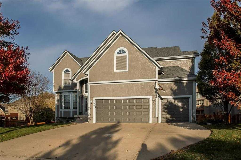 $420,000 - 5Br/6Ba - for Sale in Grey Oaks Madison Ridge, Shawnee