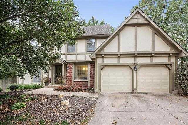 $289,000 - 4Br/4Ba - for Sale in Huntington Park, Lenexa