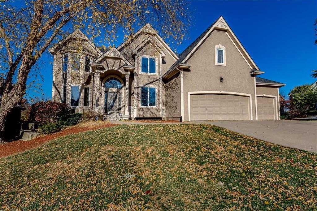 $479,900 - 5Br/6Ba - for Sale in Fairway Hills, Shawnee