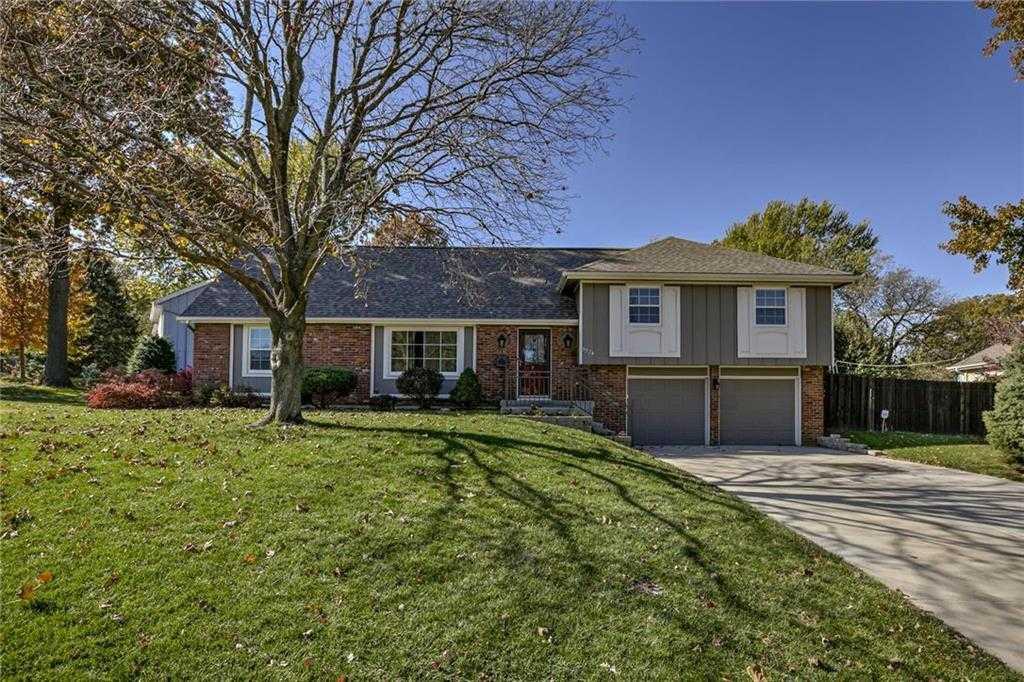$260,000 - 4Br/2Ba - for Sale in Ennismore Estate, Shawnee