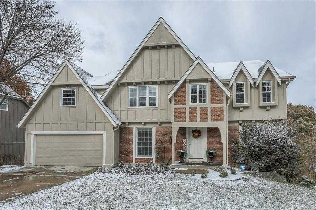 $379,950 - 5Br/4Ba - for Sale in College Hill, Overland Park