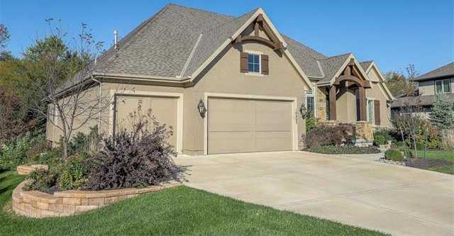 $799,900 - 4Br/5Ba - for Sale in Woods @ Colton Lake, Overland Park