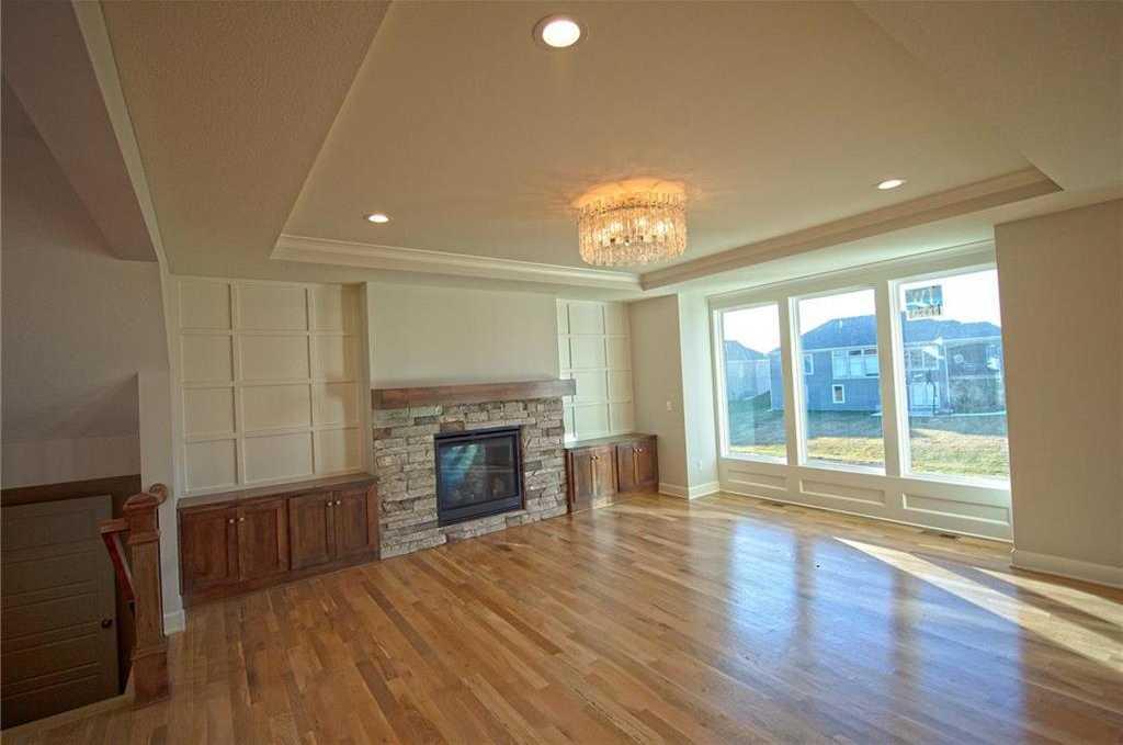 $620,500 - 5Br/5Ba - for Sale in Sundance Ridge- Red Fox Run, Overland Park