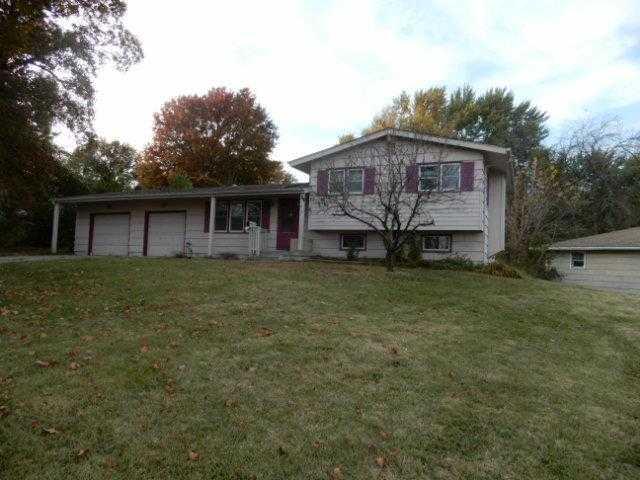 $130,000 - 3Br/2Ba - for Sale in Meadowbrook Estates, Gladstone