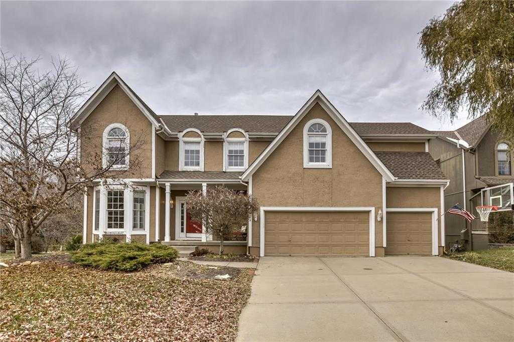 $395,000 - 4Br/4Ba - for Sale in Amesbury Lake Grayson Mills, Overland Park