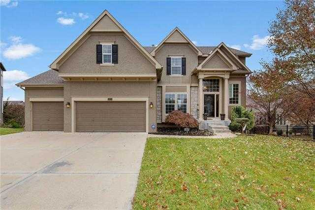 $479,950 - 5Br/5Ba - for Sale in Hampton Place, Overland Park