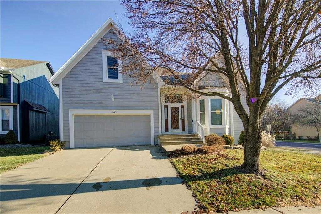 $274,950 - 3Br/3Ba - for Sale in Park Crossing, Overland Park