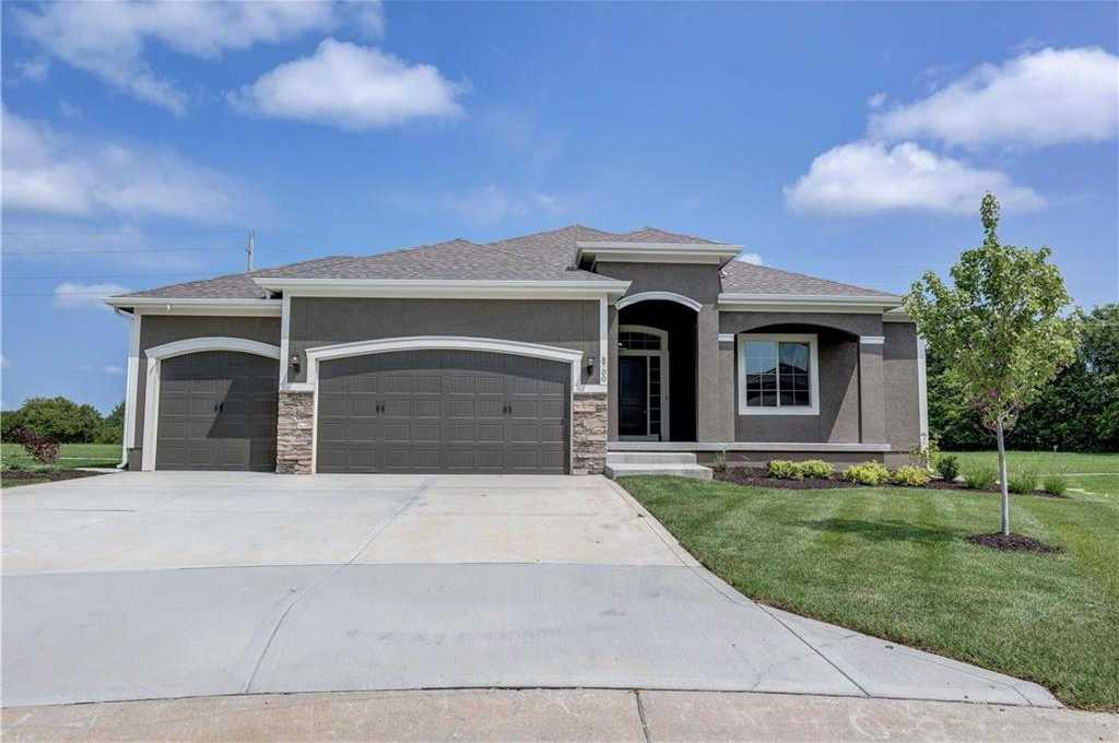 $473,600 - 3Br/2Ba - for Sale in Southpointe, Overland Park