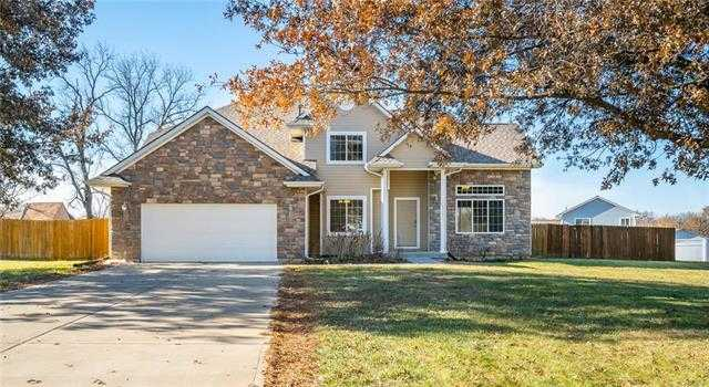 $375,000 - 5Br/5Ba - for Sale in Walnut Ridge Estates, Bonner Springs