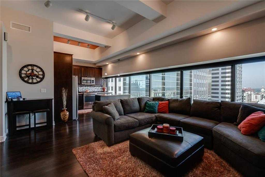 $265,000 - 1Br/1Ba - for Sale in Wallstreet Towers, Kansas City