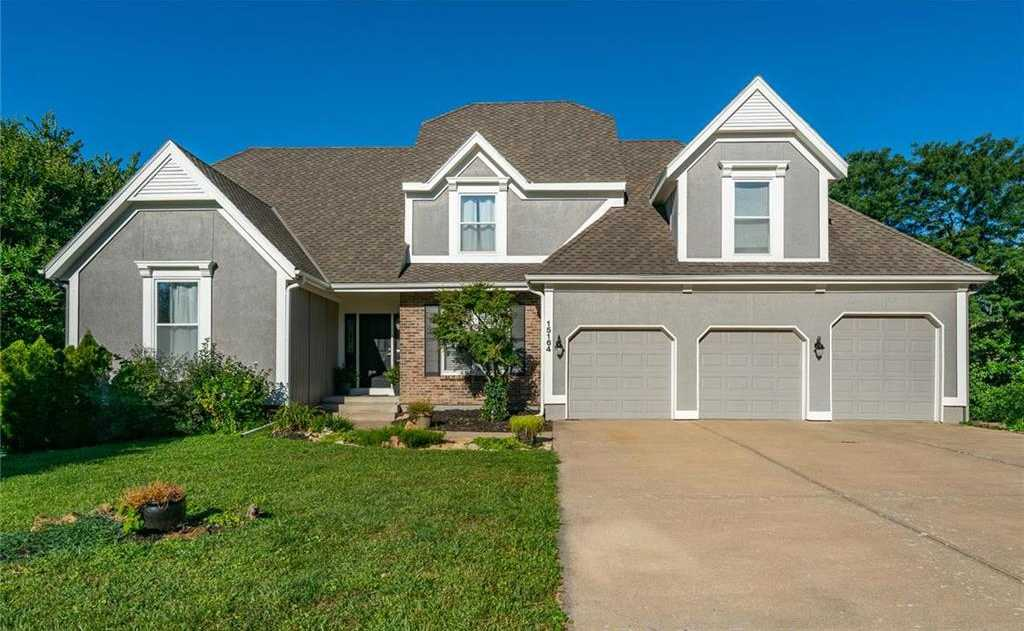 $389,900 - 5Br/3Ba -  for Sale in Leawood Mission Valley, Leawood